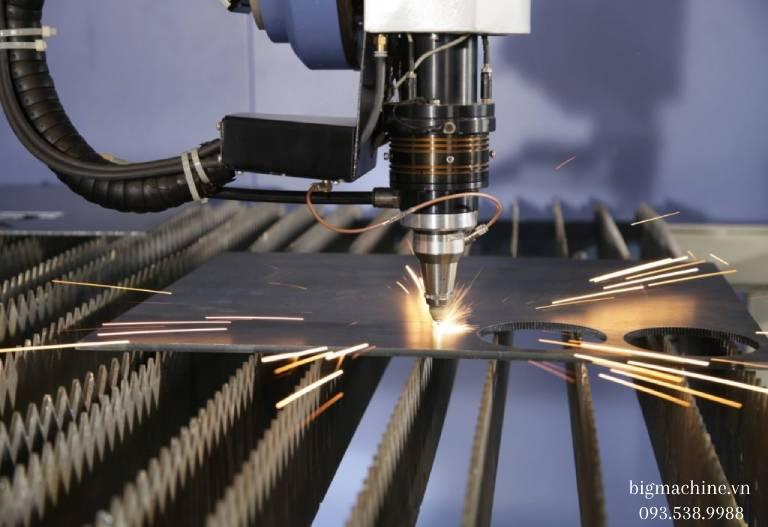 Ưu điểm của Máy Cắt Laser Fiber EZCNC