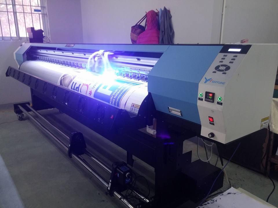 Máy in UV cuộn Fortune YF3200UV