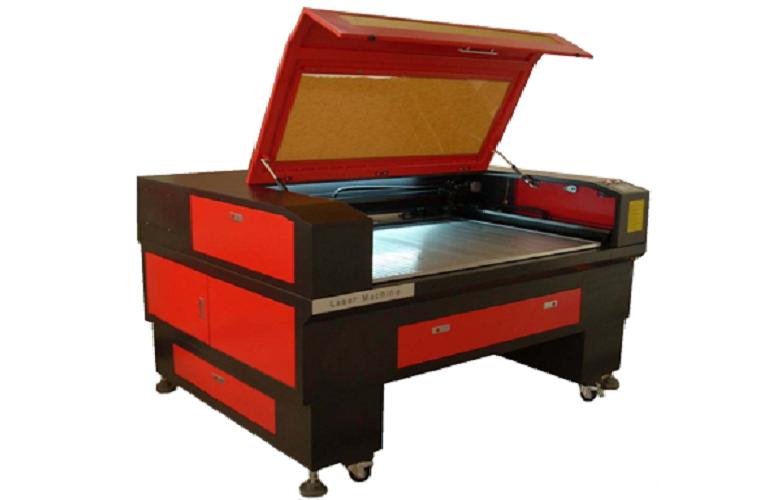 Máy cắt laser BL 1390