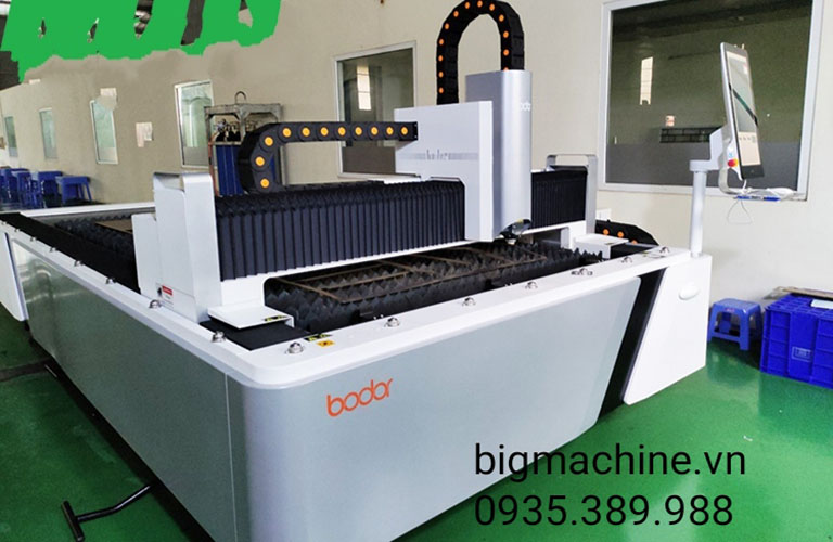 Máy cắt CNC Laser Fiber A3015