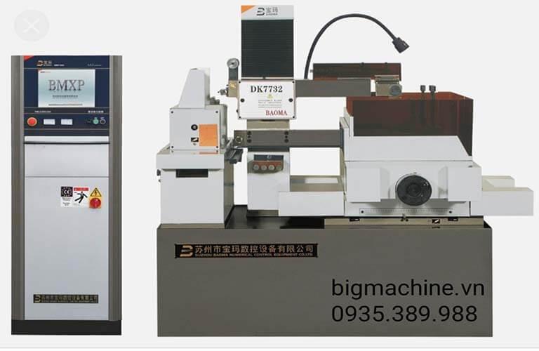 Máy cắt dây CNC DK 7730