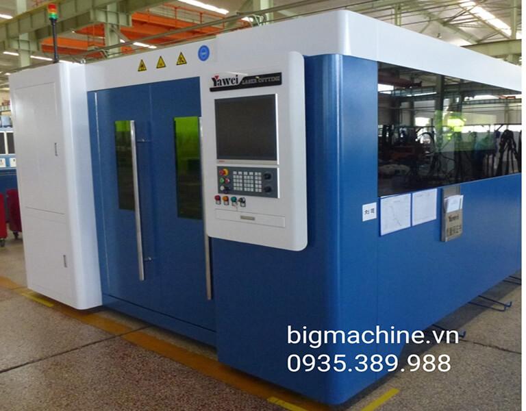 Máy cắt Laser Yawei là thương hiệu máy cắt được nhiều người tin dùng, máy cắt Laser Yawei khá chất lượng, cho hiệu quả cắt cao, hỗ trợ rất nhiều cho người sử dụng