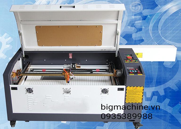 Máy cắt khắc Laser CO2 6040