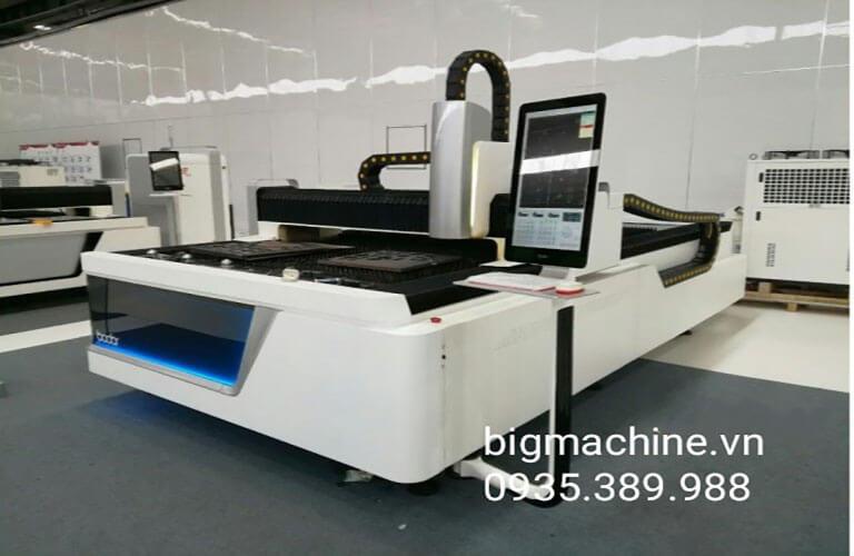 Máy cắt Laser Fiber của Bodor là một dòng máy cắt tốt, chất lượng, mang đến giải pháp cắt tốt, độ chính xác cao, hỗ trợ rất nhiều cho người sử dụng