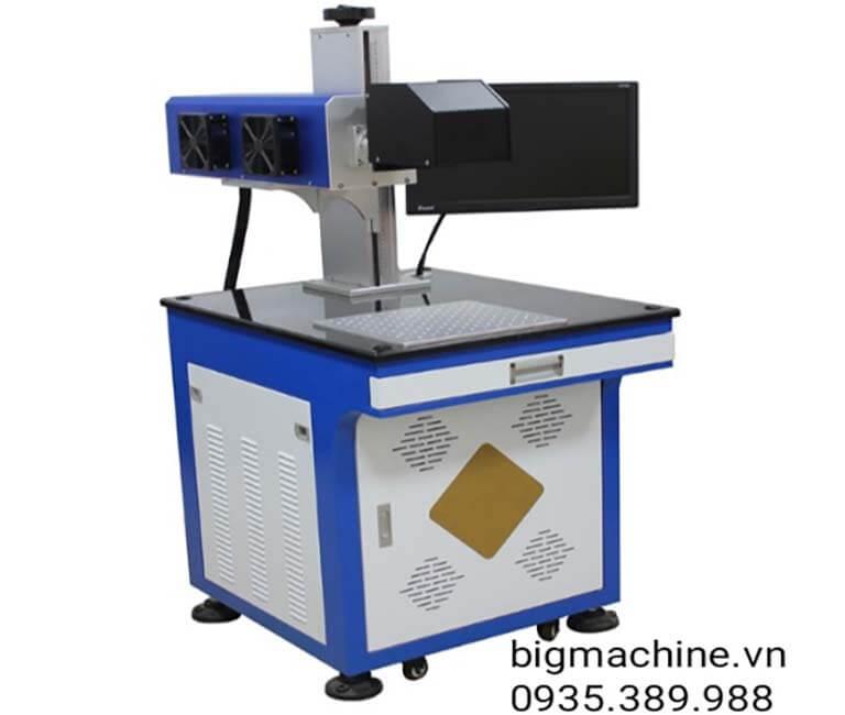 Máy khắc Laser CO2-BL2 trên nhựa